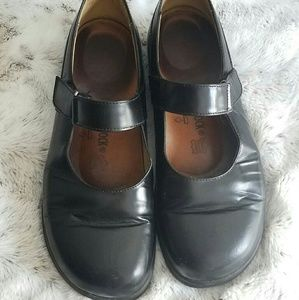 Footprints Birkenstock Mary Janes black leather